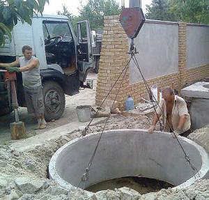 монтаж колец септика для наружной канализации
