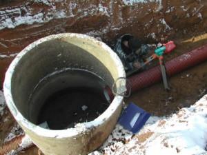 Смотровой канализационный колодец