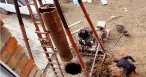 Установка ударно-канатного типа для бурения скважин