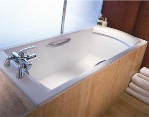 Крепление смесителя на ванну